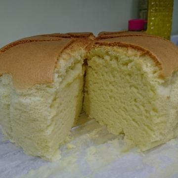 Claire Lee跟著做了古早味蛋糕