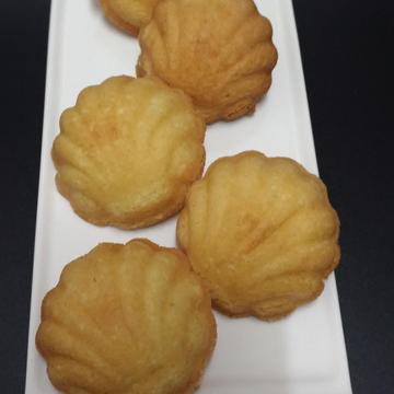 Irene Liao跟著做了橙香磅蛋糕 之 好像瑪德蓮 的貝殼蛋糕