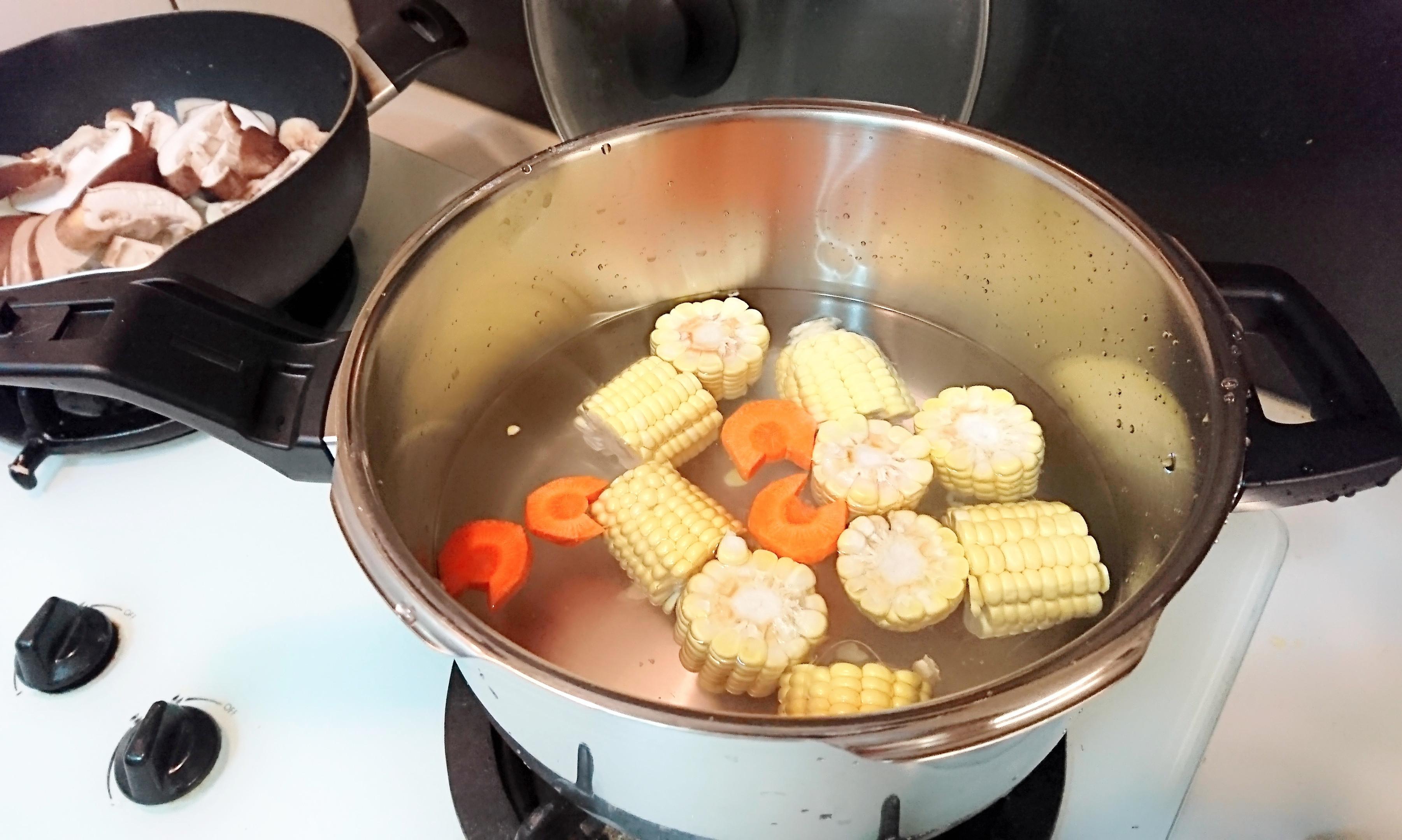 元氣雞湯 - WMF PRO 快力鍋的第 3 張圖片