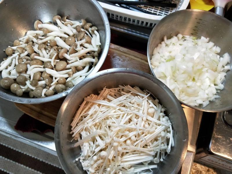 飛利浦智慧萬用電子鍋之養生菇菇咖哩牛肉的第 5 張圖片