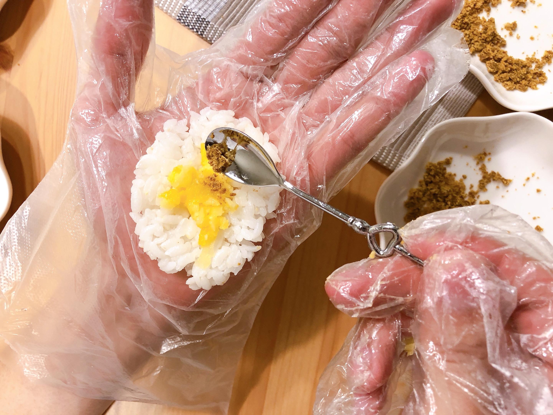 小資上班族最愛的S&B愛思必金牌咖哩:日式烤飯糰、咖哩雞的第 6 張圖片