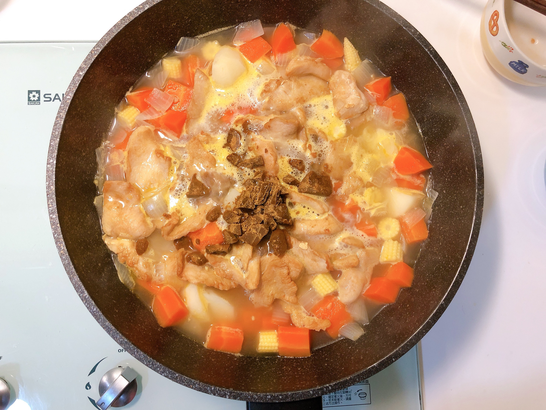 小資上班族最愛的S&B愛思必金牌咖哩:日式烤飯糰、咖哩雞的第 21 張圖片