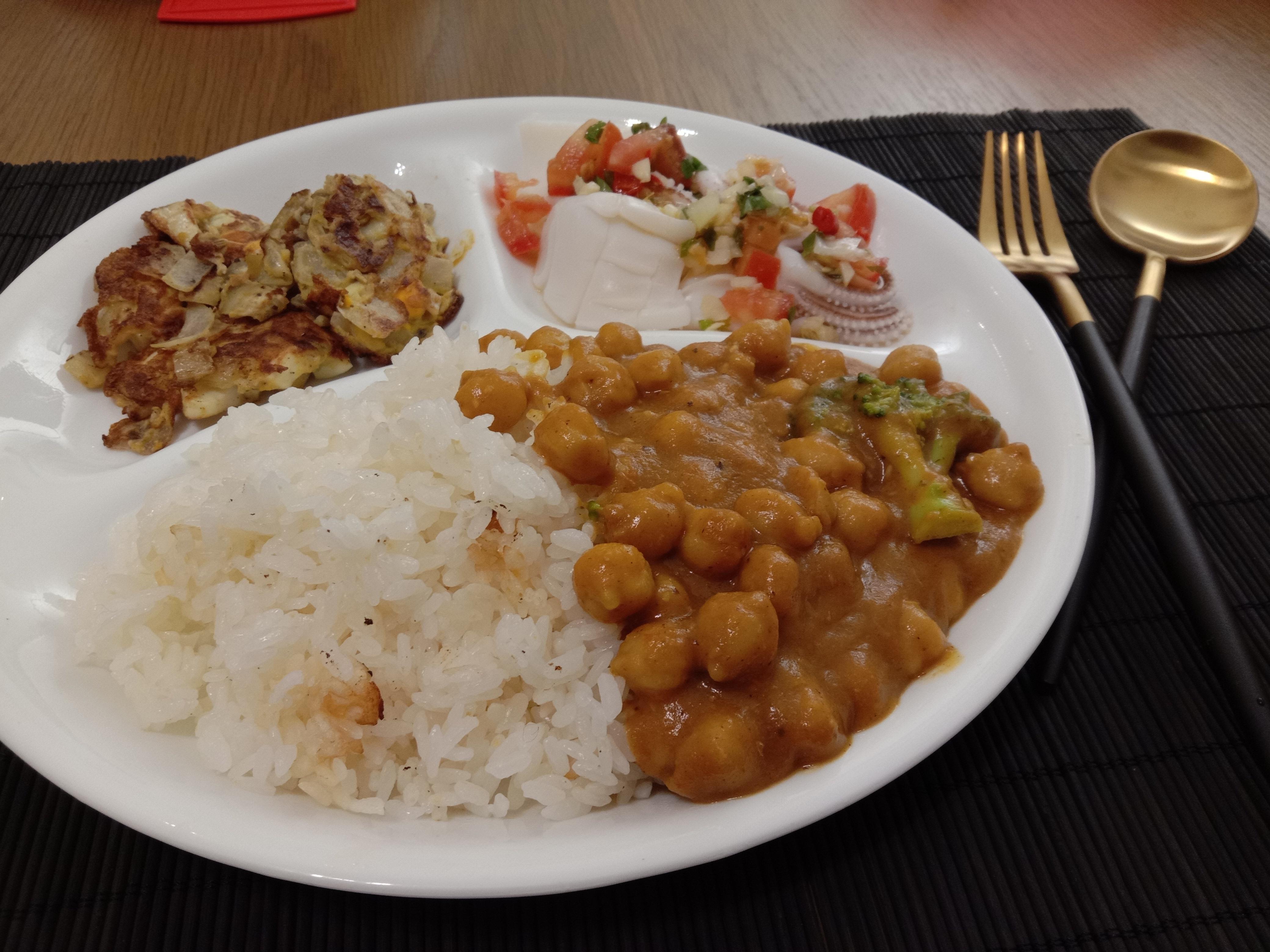 一鍋咖哩、一碗飯、一道菜、一盤水果、一杯湯,滿足~的第 22 張圖片