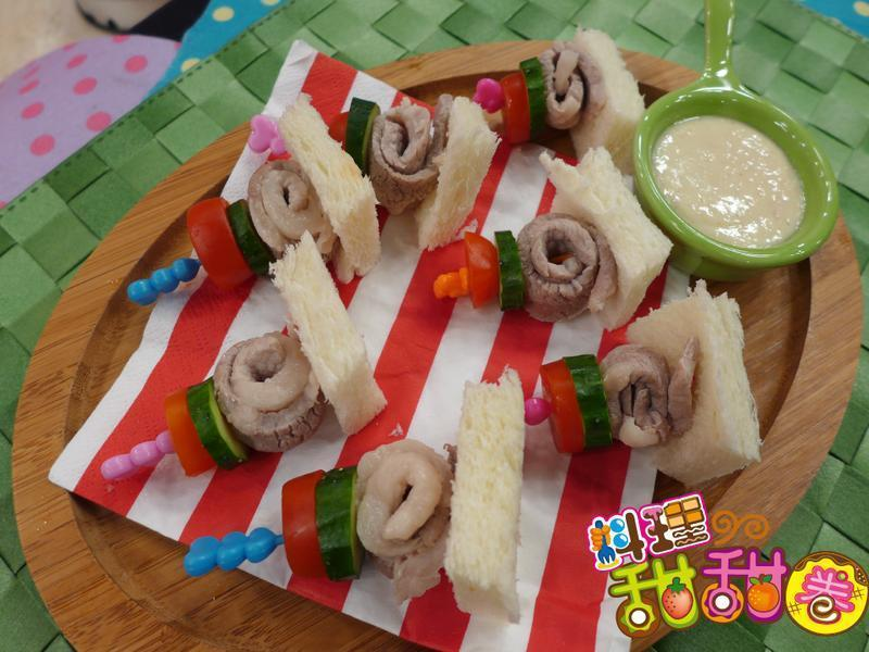 料理甜甜圈【創意豆腐】豆腐豬肉沙拉捲