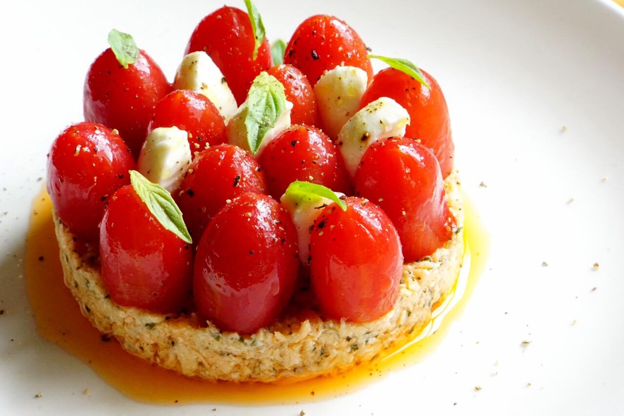 Mozzarella起司蕃茄鮭魚塔