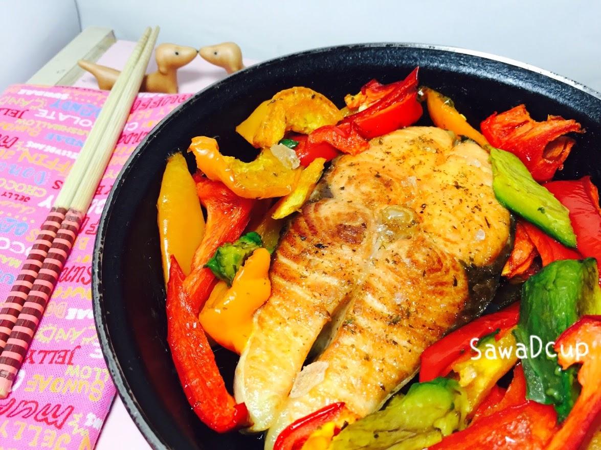 焦糖炙燒白酒鮭魚