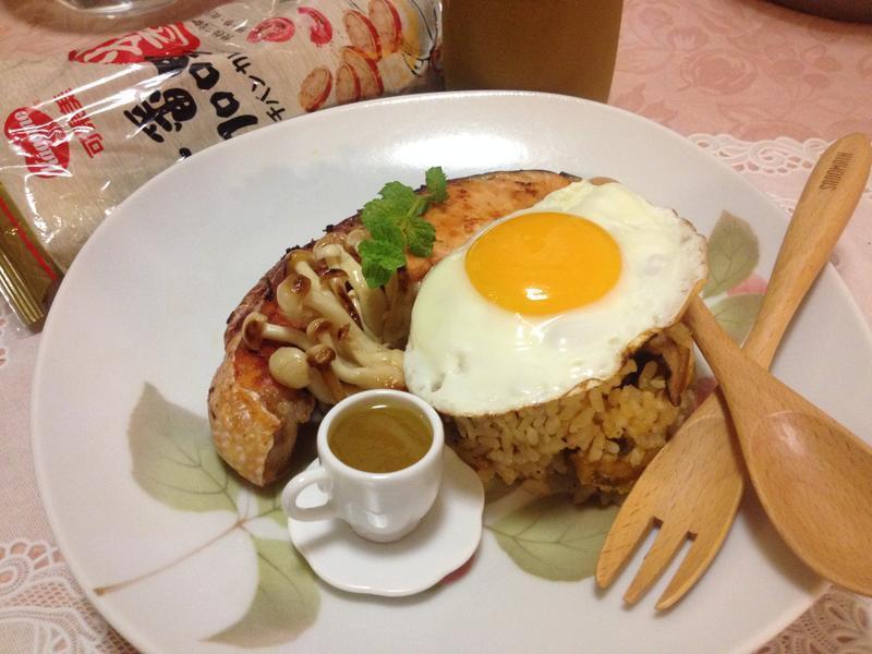 咖哩南瓜坎飯佐香烤鮭魚『可果美咖哩醬』