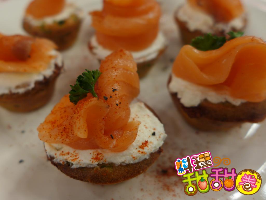 料理甜甜圈【甜蜜午茶】菠菜瑪芬燻鮭魚