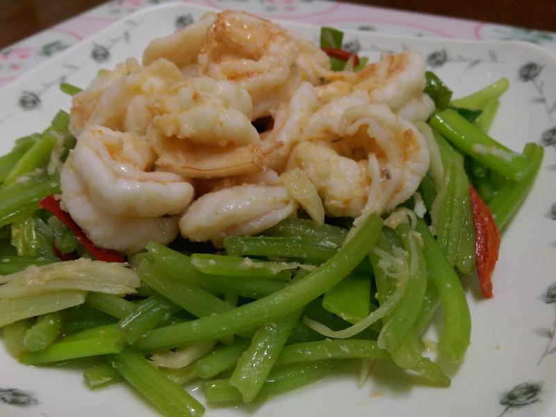 健康料理-地瓜葉梗炒蝦仁