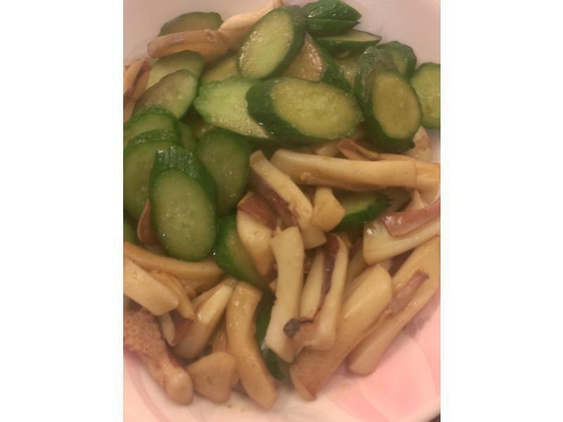 小黃瓜炒軟絲