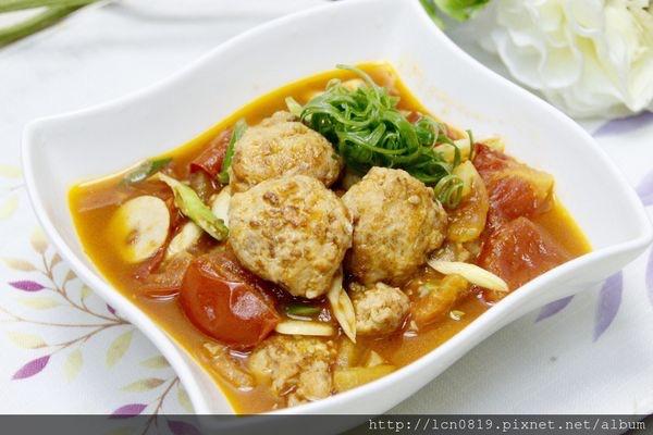 茄汁豆腐鮭魚球