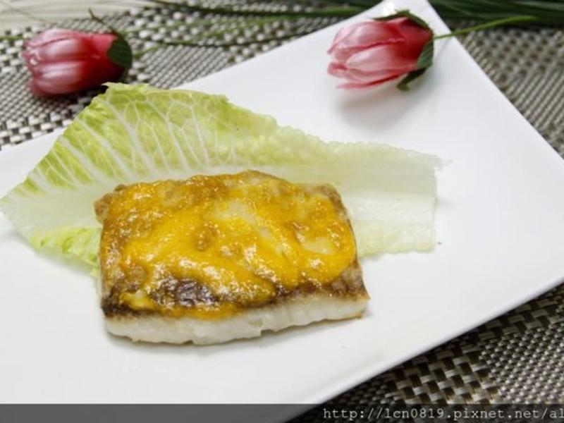 海膽醬烤鯛魚
