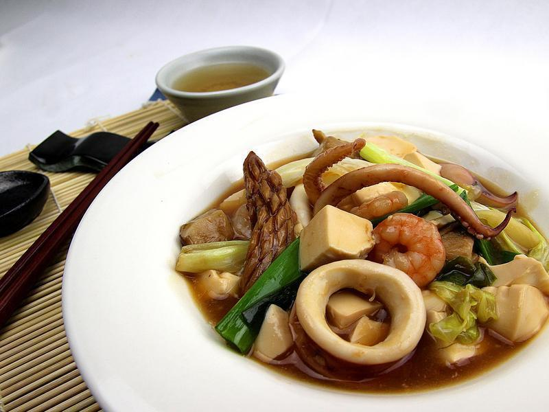 【快樂煮義】海鮮豆腐煲