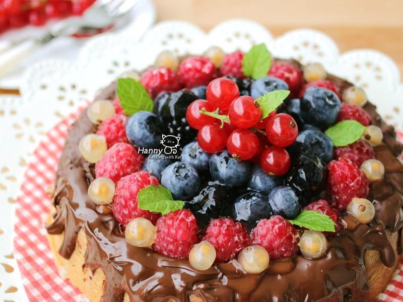 ♥開動with Kat♥ 巧克力莓果蛋糕