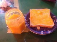 懶懶早餐-芒果吐司