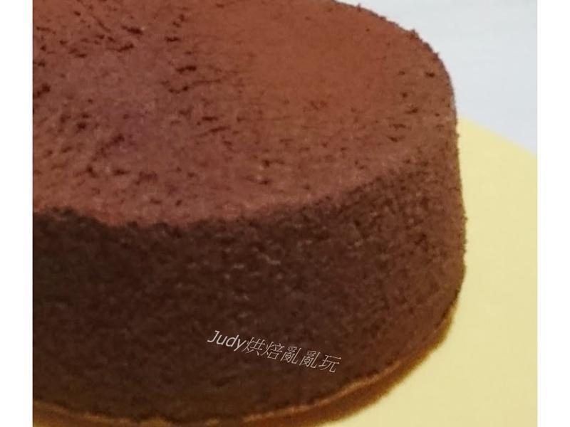 超濕潤~巧克力戚風蛋糕(燙麵法)