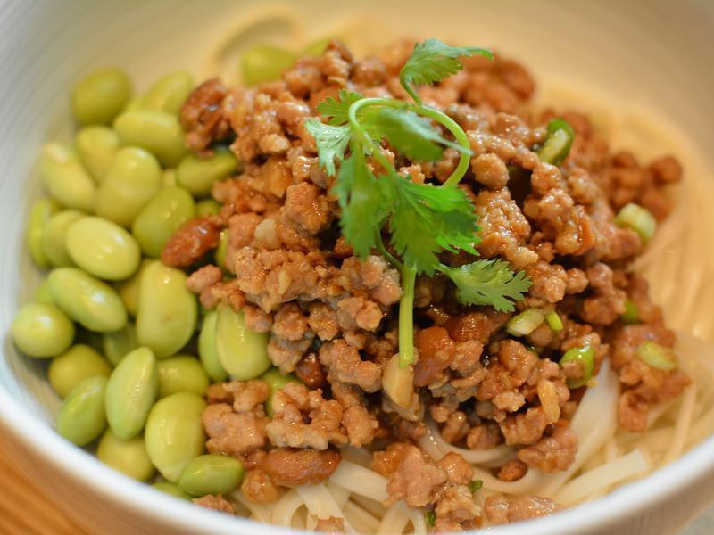 豆瓣肉燥麵
