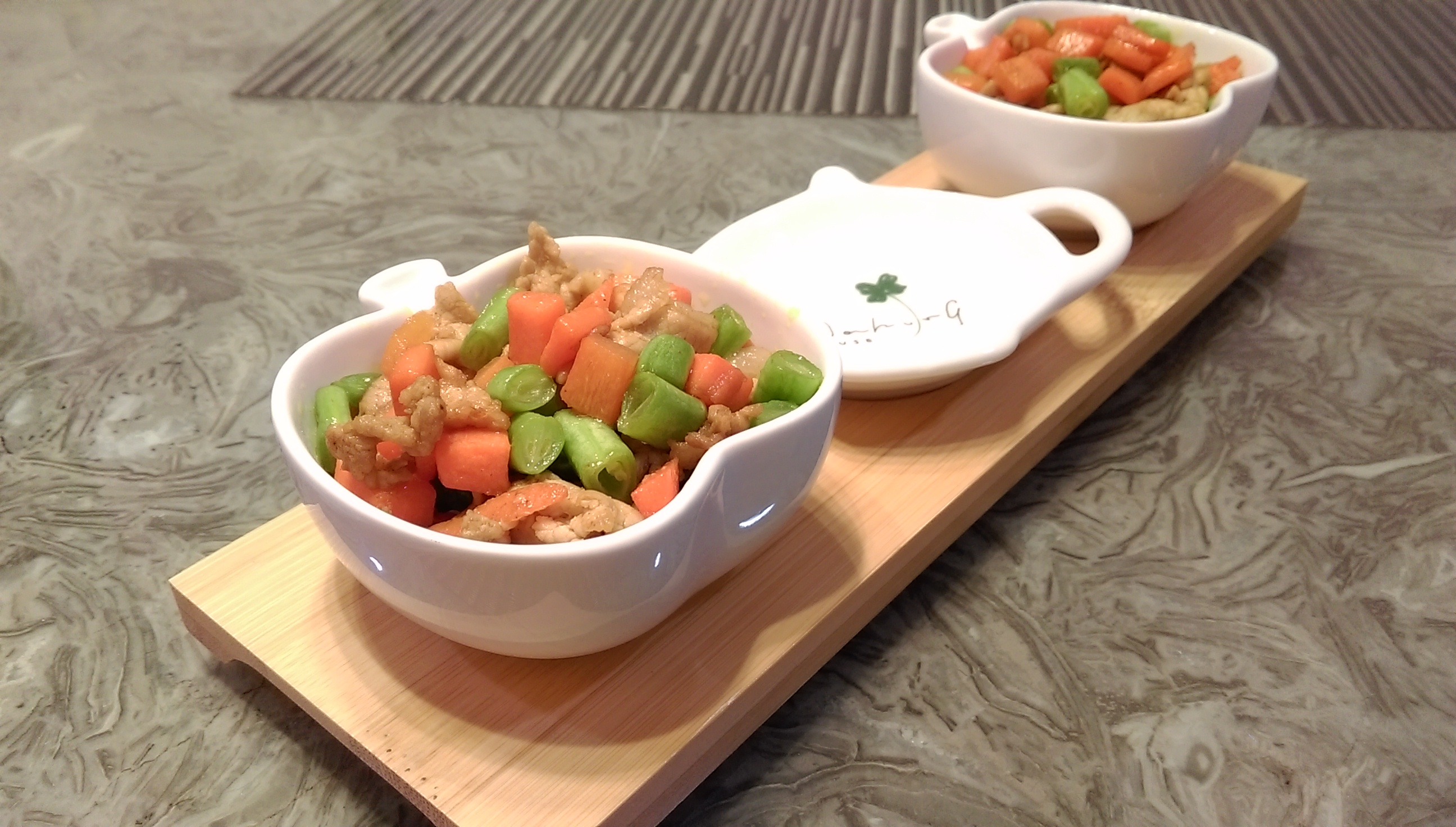 咖哩醬炒豬肉