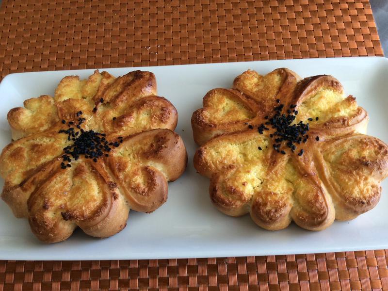 椰蓉花麵包