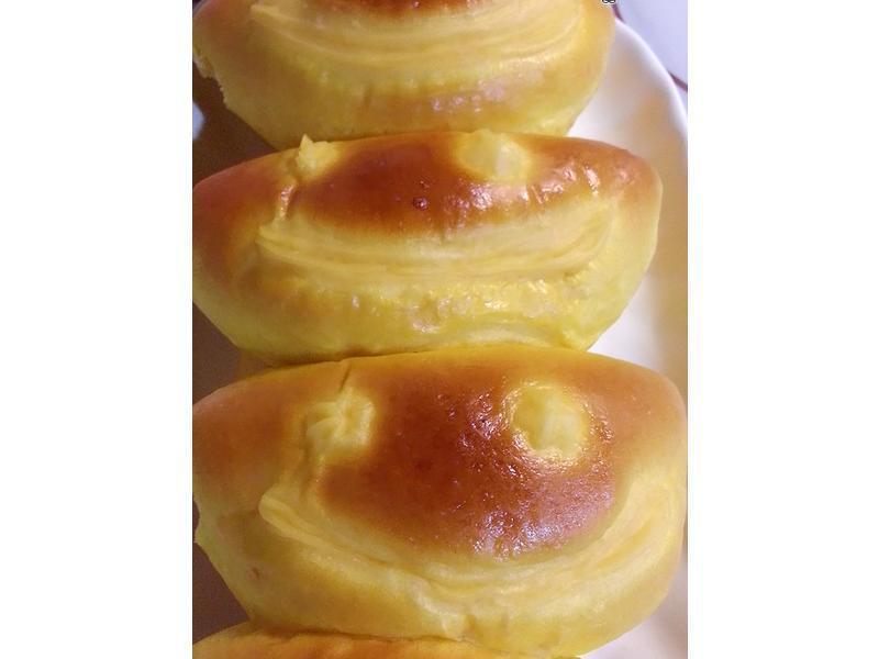 南瓜卡士達醬微笑甜麵包~直接法