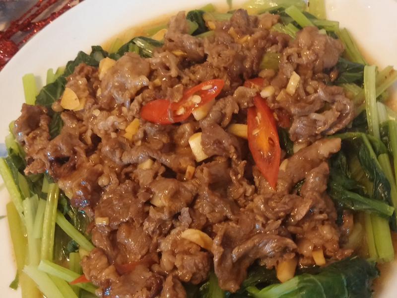 蠔油牛肉拌油菜