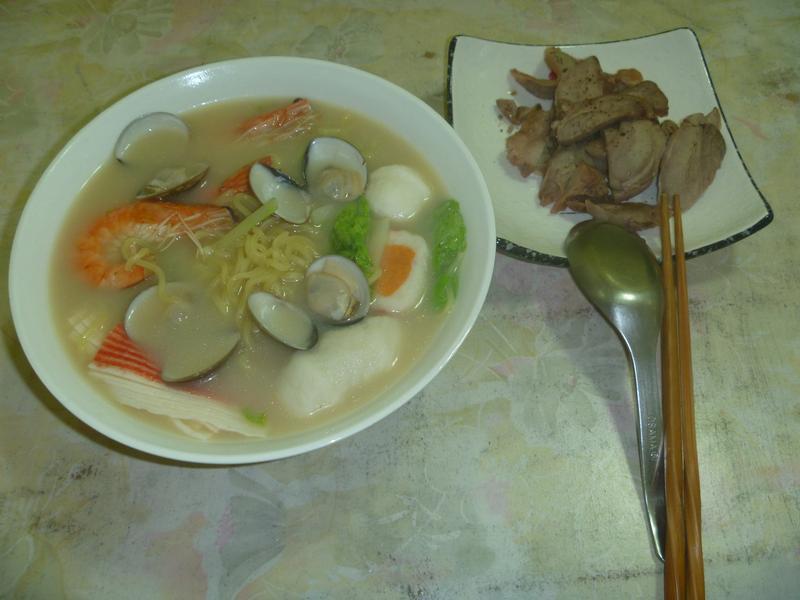 簡易版-海鮮上湯拉麵