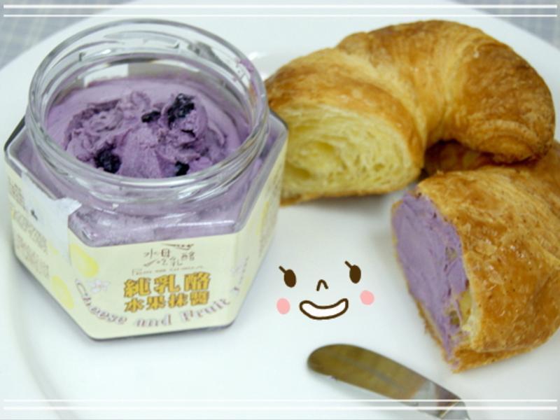 早餐好夥伴-健康低脂的水母吃乳酪抹醬吐司