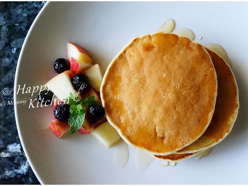 蘋果蜂蜜鬆餅早餐