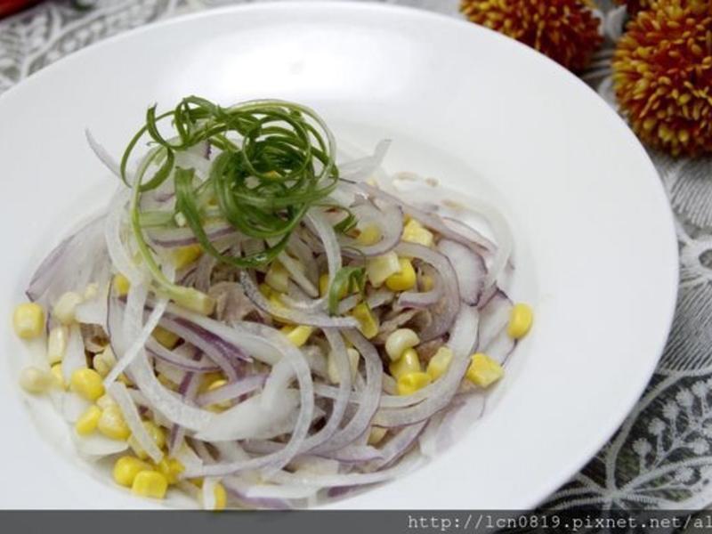 玉米粒洋蔥拌鮪魚片