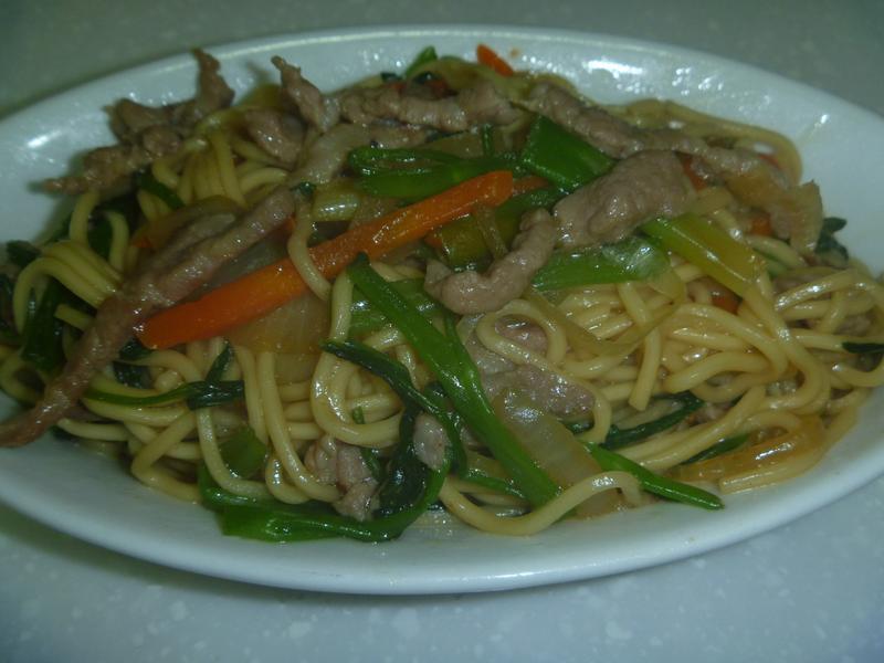 肉絲蔬菜炒麵