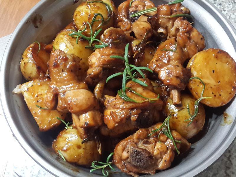 迷迭香黑胡椒馬鈴薯雞