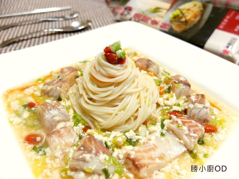 鱸魚煨細麵