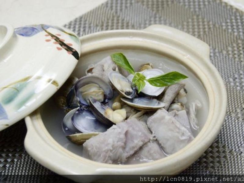 芋香蛤蜊肉片湯