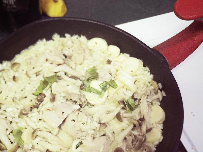 「懶人一鍋到底」雞肉野菇燉飯
