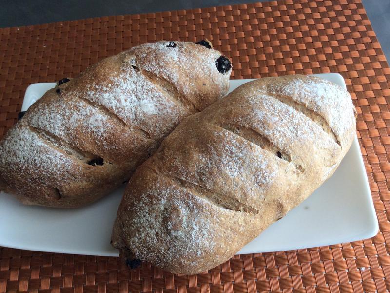 全麥葡萄乾麵包