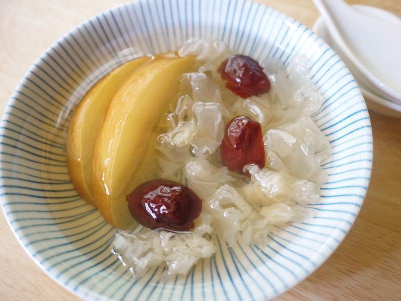 【初秋甜品】水梨銀耳甜湯~電鍋版