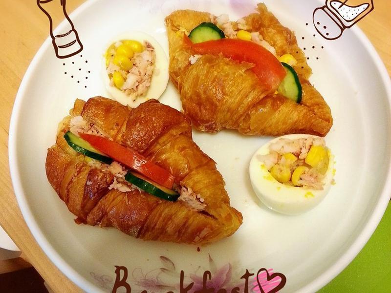 可頌鮪魚方便早餐