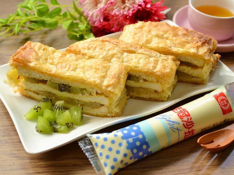 簡易水果起酥蛋糕【滿分早點×桂冠沙拉】
