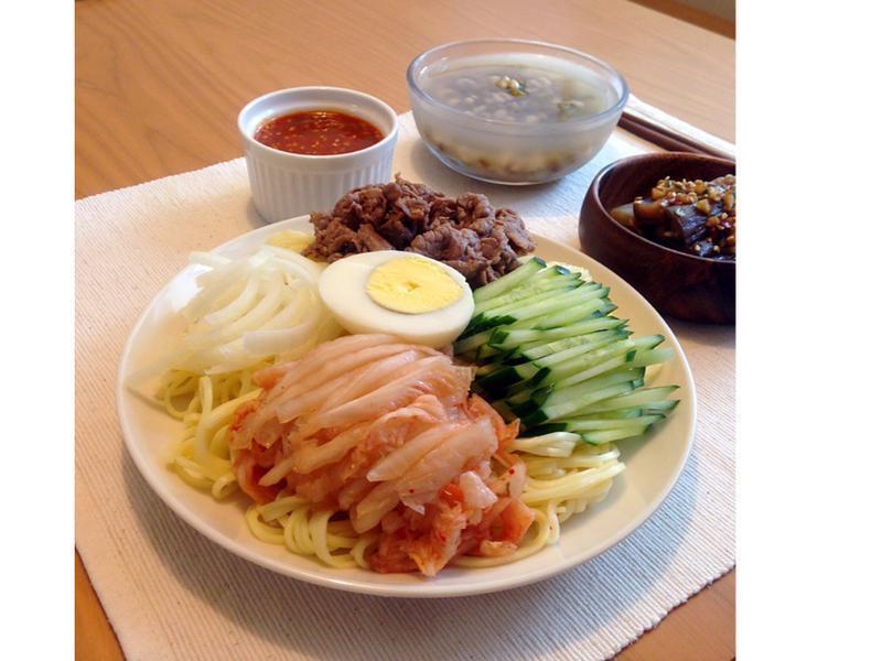 KURI's│韓式泡菜涼麵