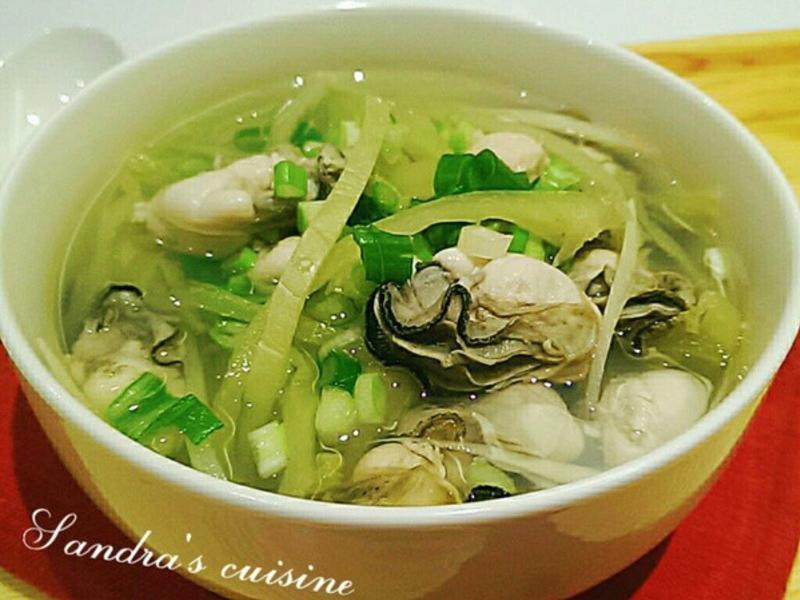 鹹菜鮮蚵湯
