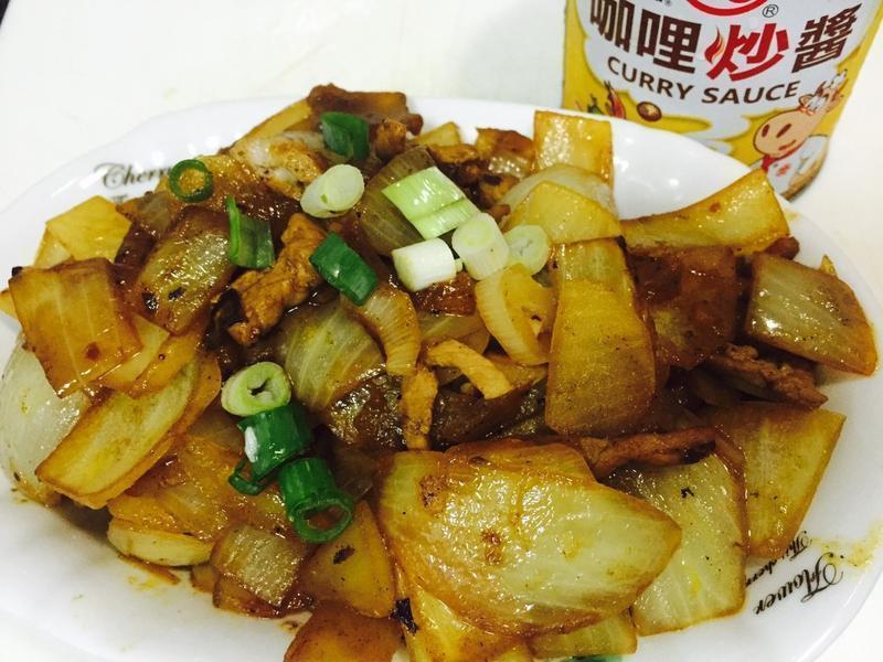 咖哩炒肉絲洋蔥「牛頭牌咖哩炒醬」
