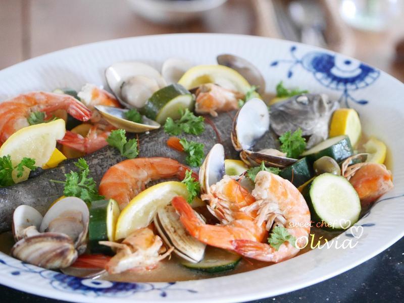 Olivia♥地中海白酒海鮮/簡單一鍋煮