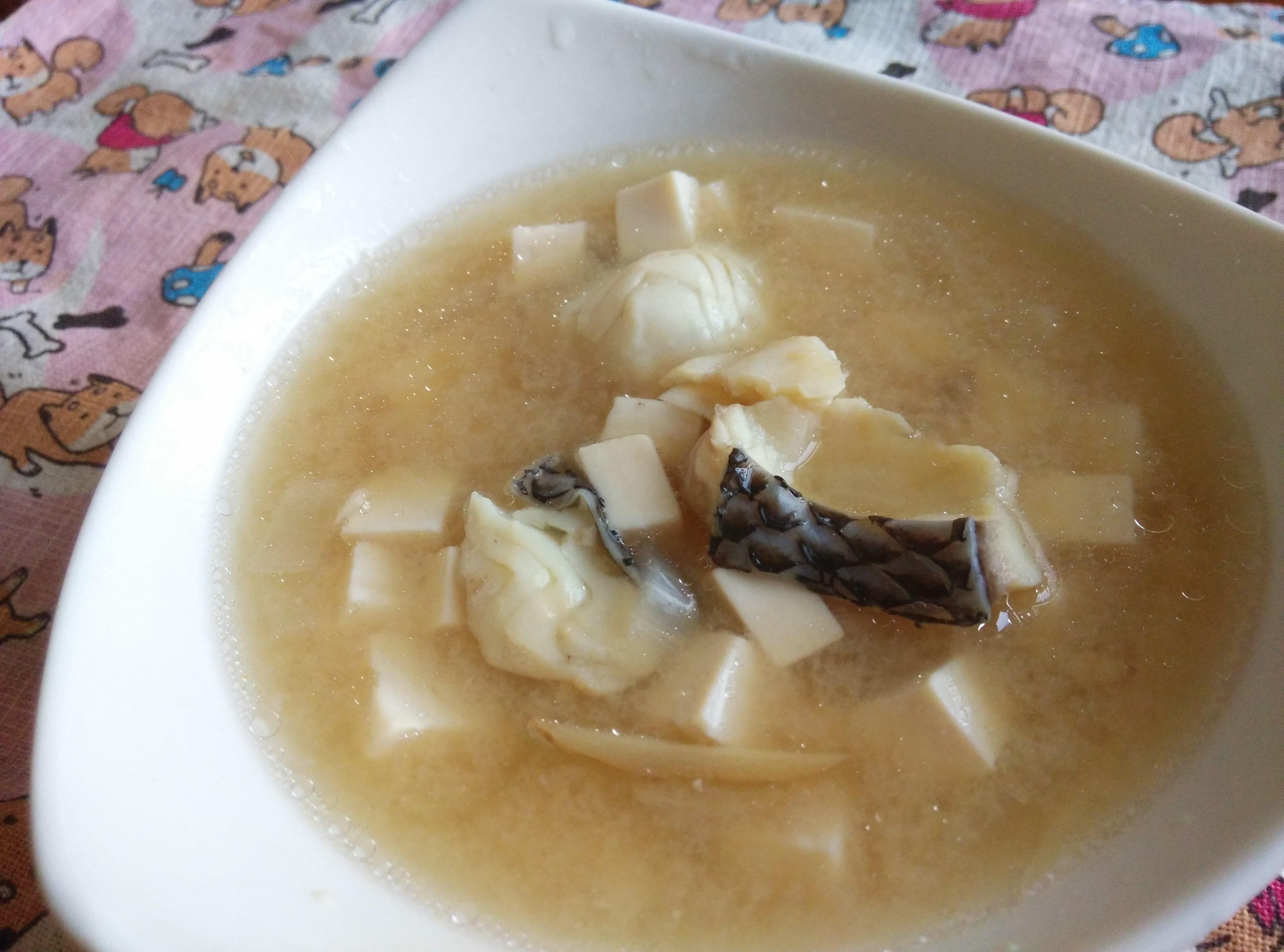 燜燒鍋料理─鮮魚豆腐味噌湯