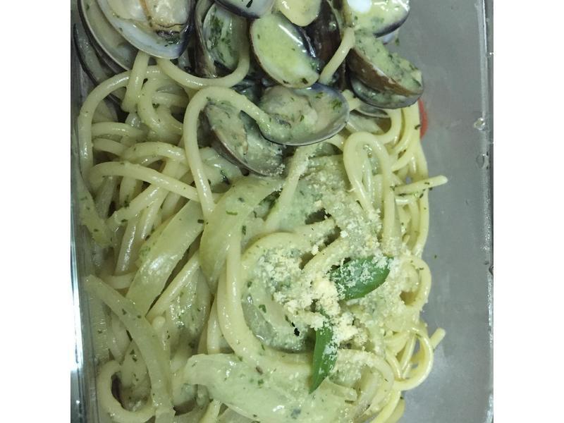 蛤蜊青醬義大利麵