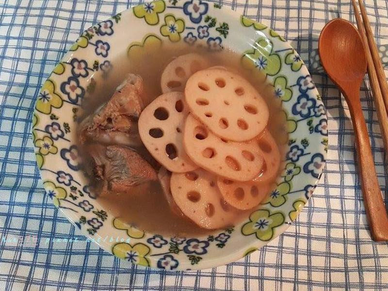 蓮藕排骨湯