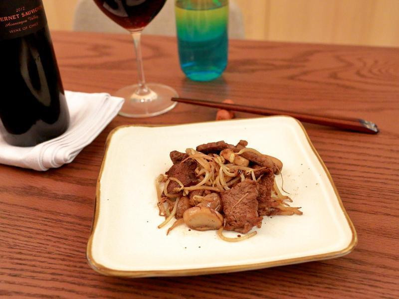 《深夜食堂》蘑菇豆芽牛排煎