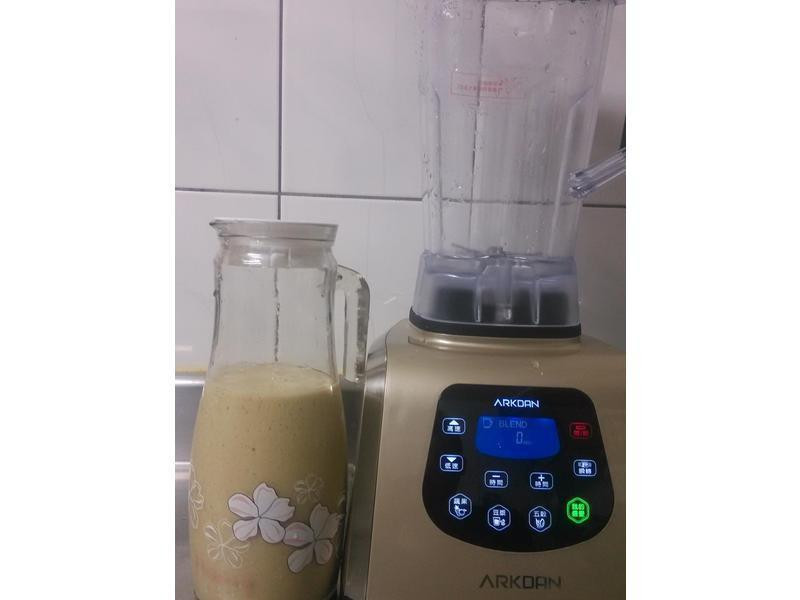 ARKDAN數位全營養調理機-水果優酪乳