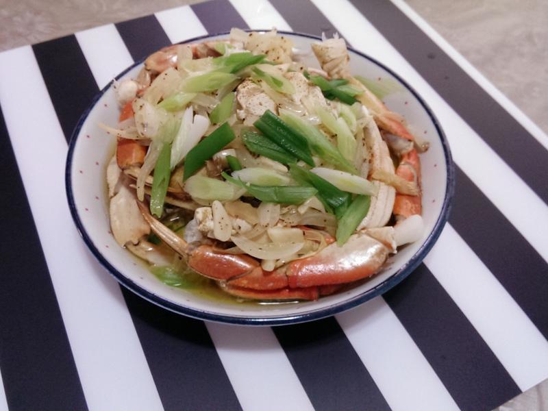 奶油洋蔥清蒸螃蟹