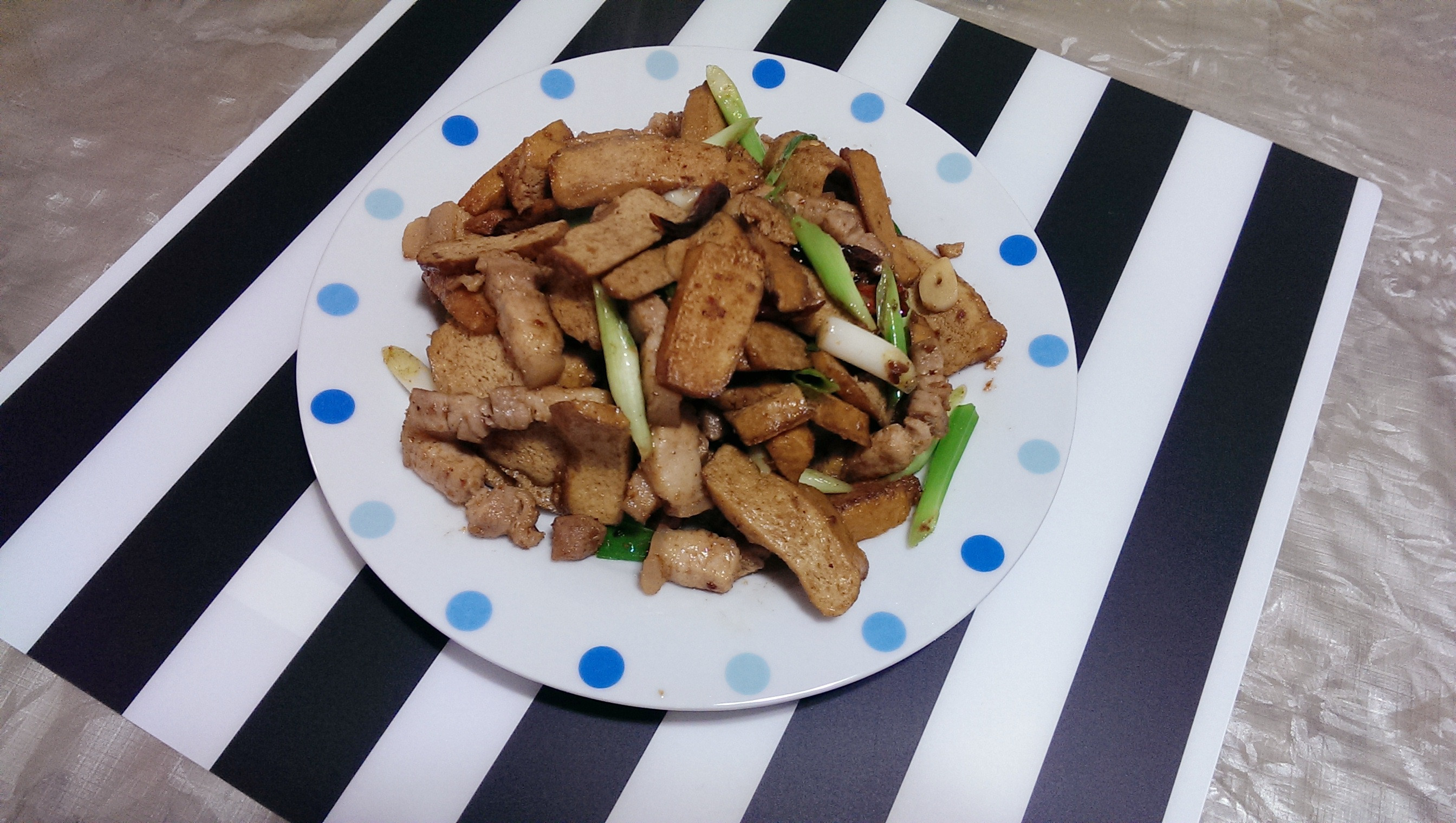 沙茶炒五花肉豆干