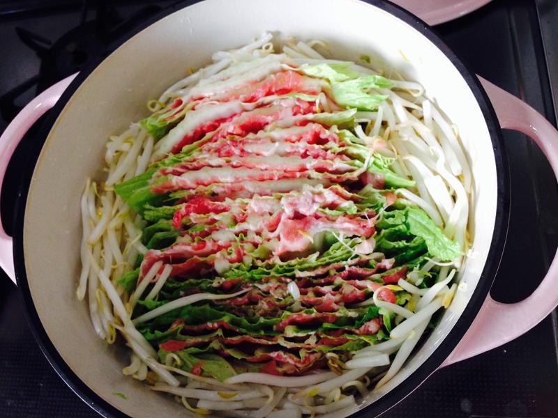 日式疊煮料理(千層豬肉白菜鍋)